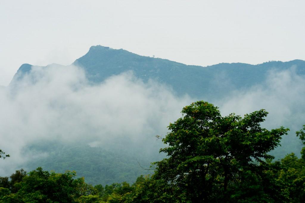 Chân núi Yên Tử