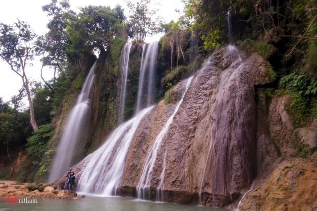 thác dải yếm mộc châu