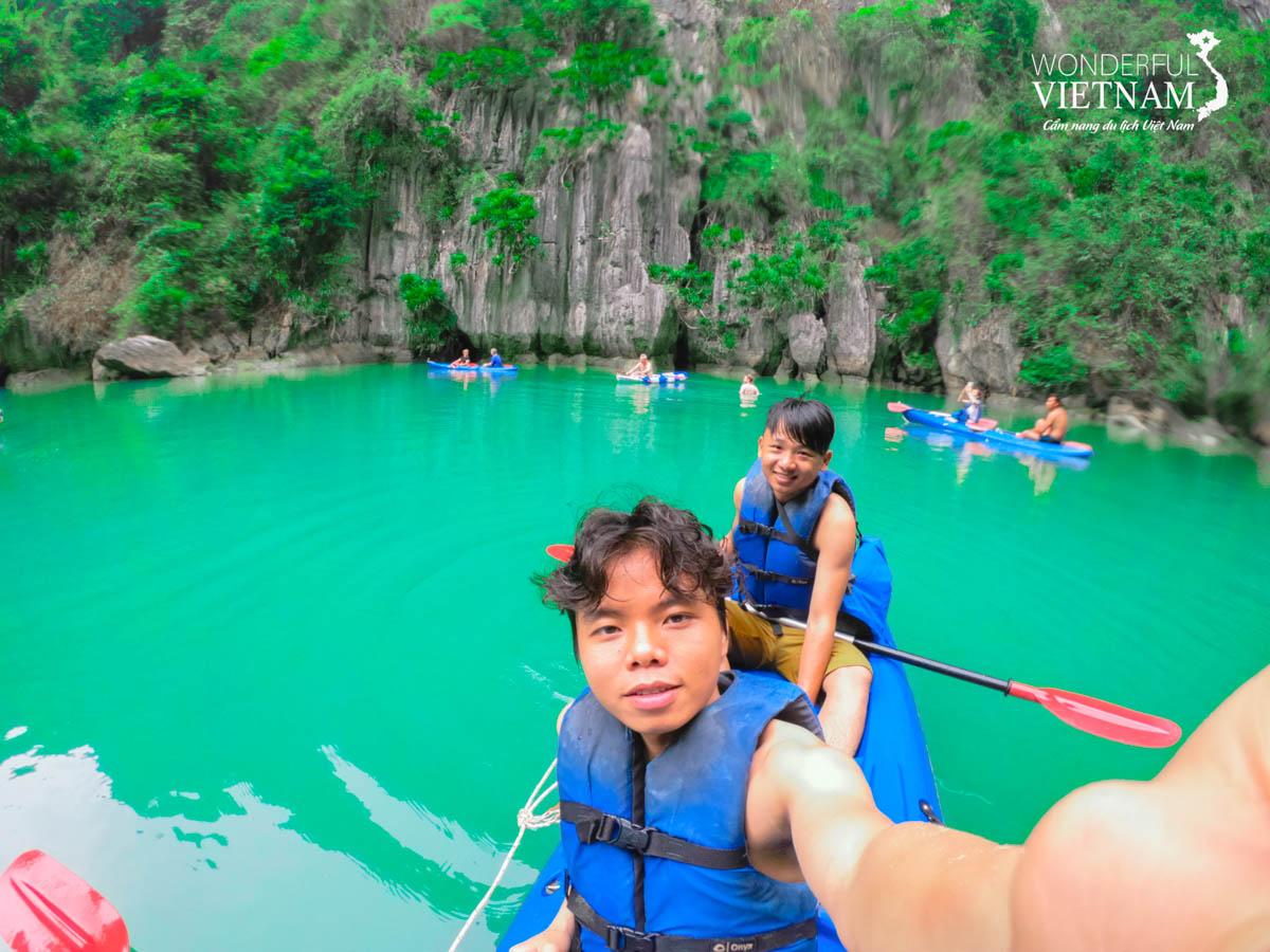 review tour vịnh lan hạ 1 ngày kayak