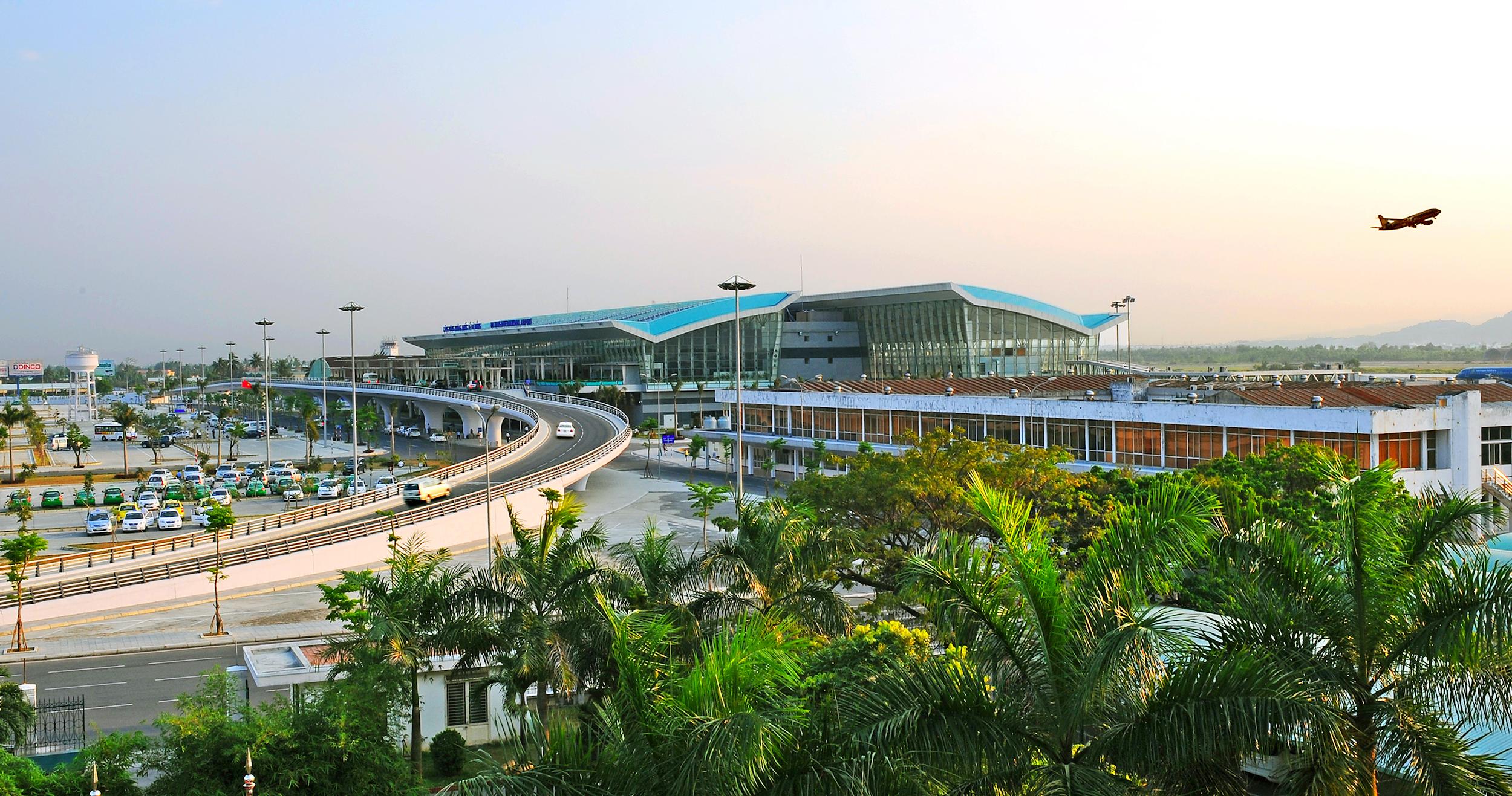 Thông tin đặt vé máy bay đi Đà Nẵn