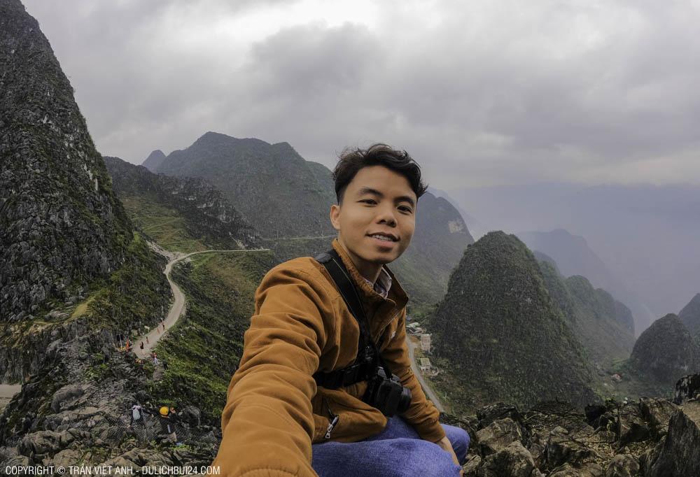 Góc chụp trên đèo Mã Pì Lèng - tour xe máy Hà Giang